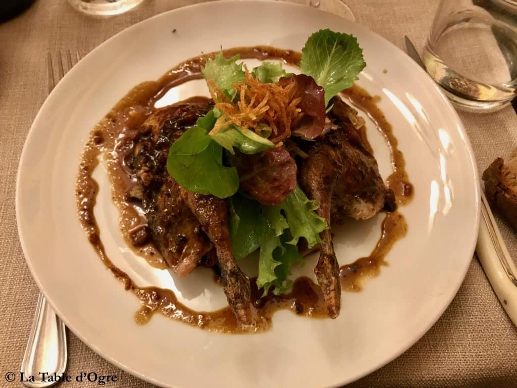 Casse-Noix Perdreau rouge rôti, poêlée de champignons et son jus
