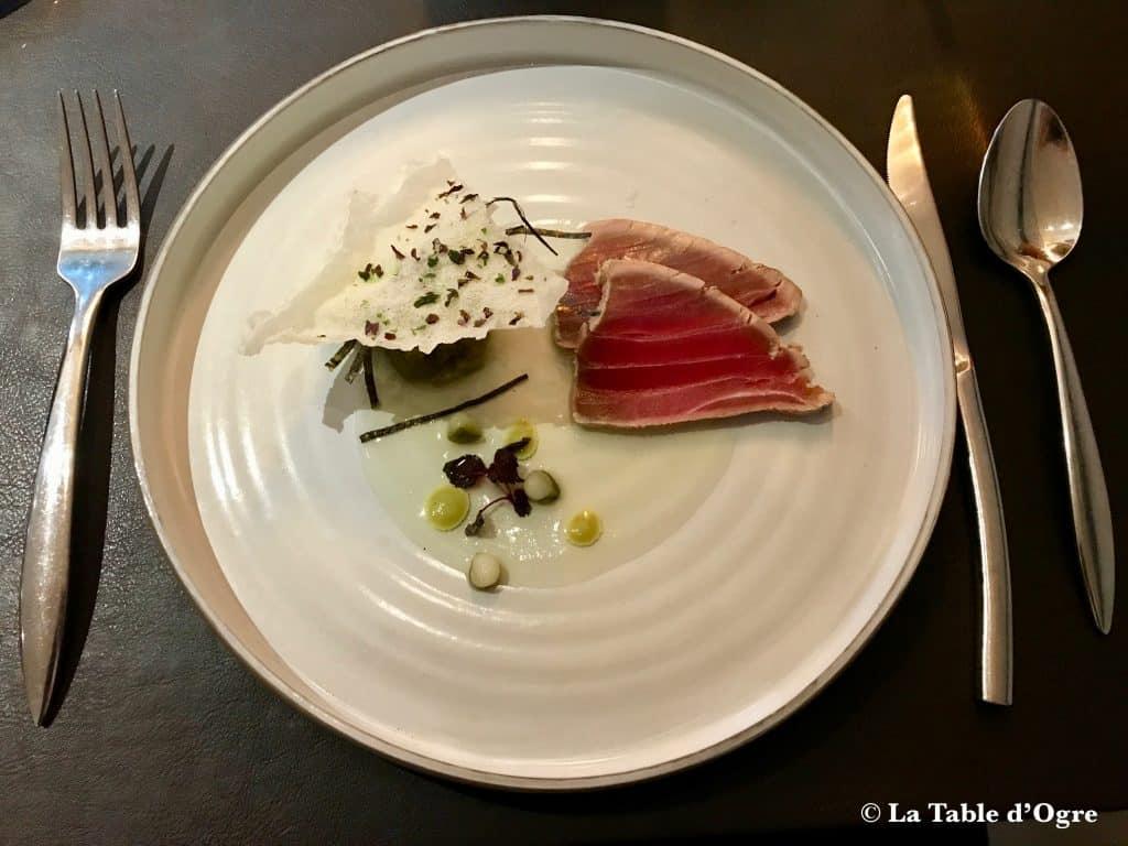Le Bréard Thon mariné en sashimi concombre et wasabi