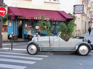 Le Bugatti avec une Bugatti