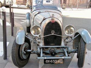 Le Bugatti et une Bugatti!