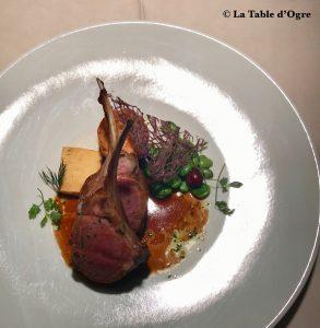 Emporio Armani Ristorante Côtes d'agneau galette de pome de terre, panelle de pois chiche