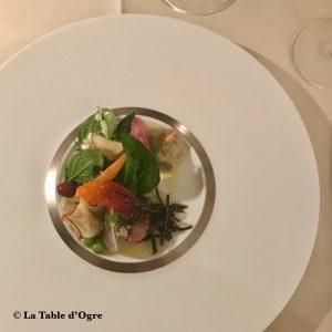 Emporio Armani Ristorante Mange tout artichauts violets petits légumes fruits croquants