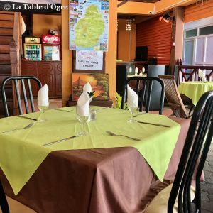 Le Bénitier Table