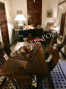 Ksar Essaoussan Salon et piano