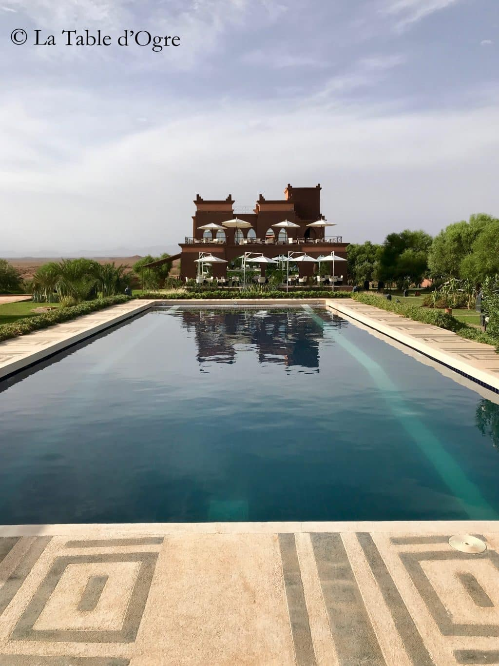 Sultana Royal Golf Club Piscine et bâtiment principal