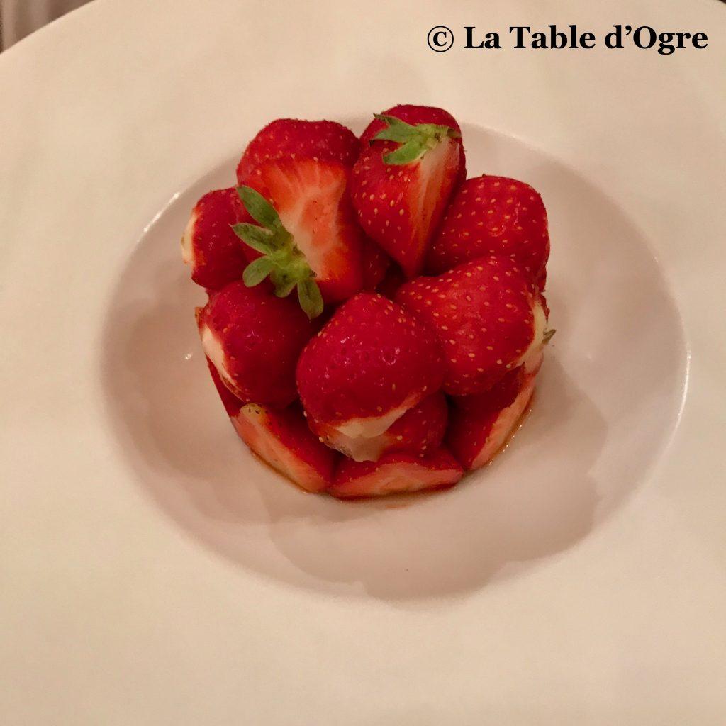 Joséphine Chez Dumonet Tarte fraises 2