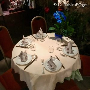 Le Lys d'Or Table