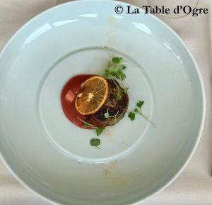 Le Club Foie gras poêlé, sirop d'érable et rhubarbe